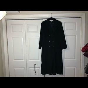 LIZ CLAIBORNE black womans wool blend coat. 14.